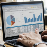 Investment-Statistik Header